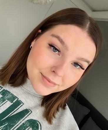 Viestinnän harjoittelija Sofia Väänänen